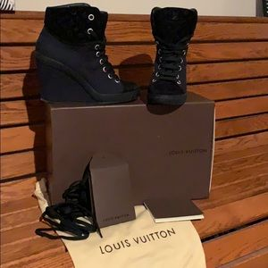 Authentic Louie Vuitton !!! Sneaker wedges !!!